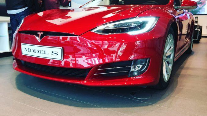 Tesla Facelift