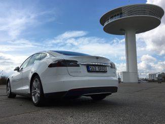 Tesla Model S Test von 163 Grad Hamburg