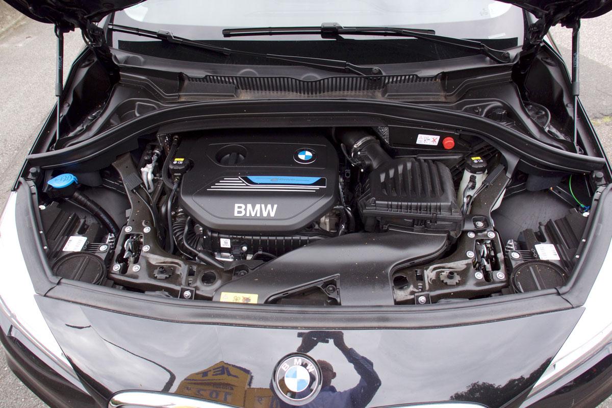 3 Zylinder Benziner Im Bmw 225xe 163 Grad