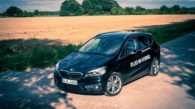 BMW 225xe test