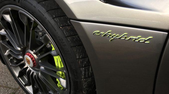 Porsche 918 e-hybrid Spyder