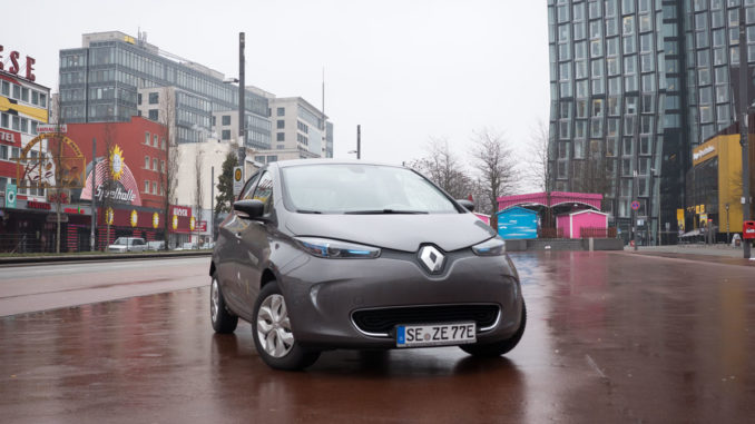 renault zoe test 40 kwh akku mit 400km reichweite 163 grad. Black Bedroom Furniture Sets. Home Design Ideas