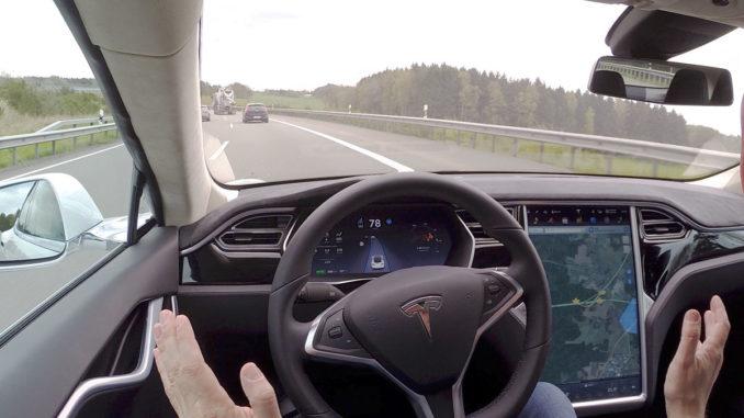 Tesla Model S Autopilot 1.0   Foto: 163 Grad