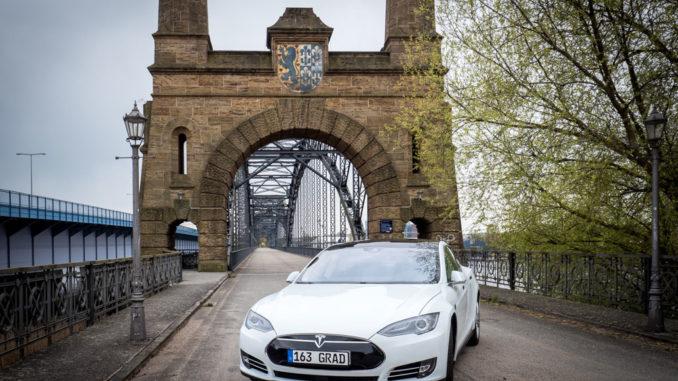 Tesla Model S als Gebrauchtwagen   Foto: 163 Grad