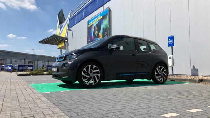 Elektroauto Ladestation bei Euronics XXL in Varel | Foto: 163 Grad