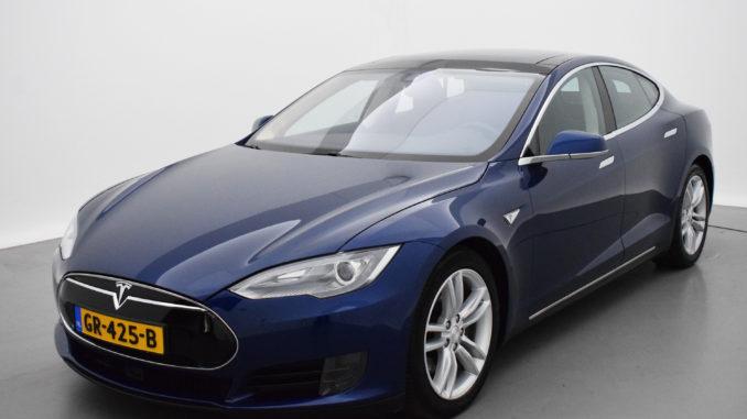 Tesla Gebraucht aus Holland | Foto: 163 Grad